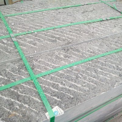 手凿面青石板厂家-粗凿面青石板加工厂-斧凿面青石板生产厂家