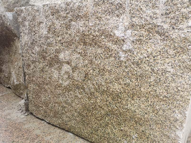 加多利金花岗岩外墙干挂装饰案例