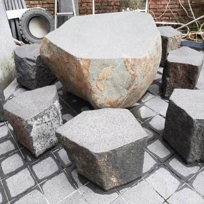 福鼎黑玄武岩复古石桌凳